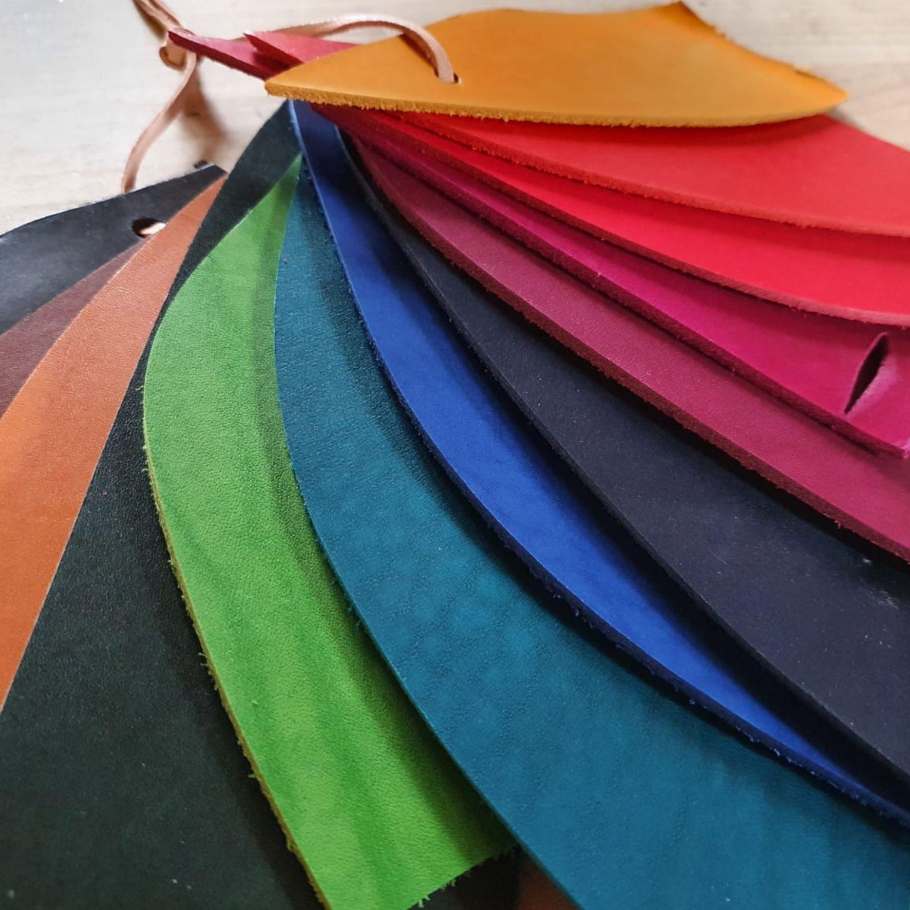 Farbfächer Leder